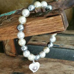 Jewelry - Pearl Stretch Bracelet